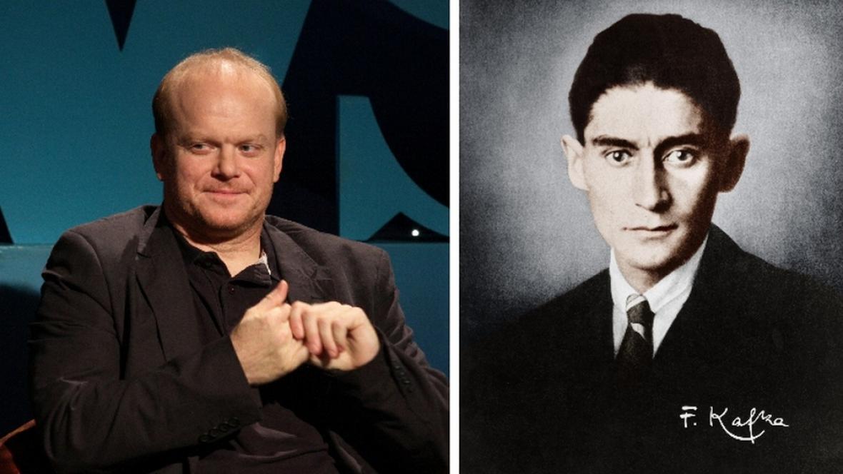 Franz Kafka (vpravo) a jeho herecký představitel David Novotný