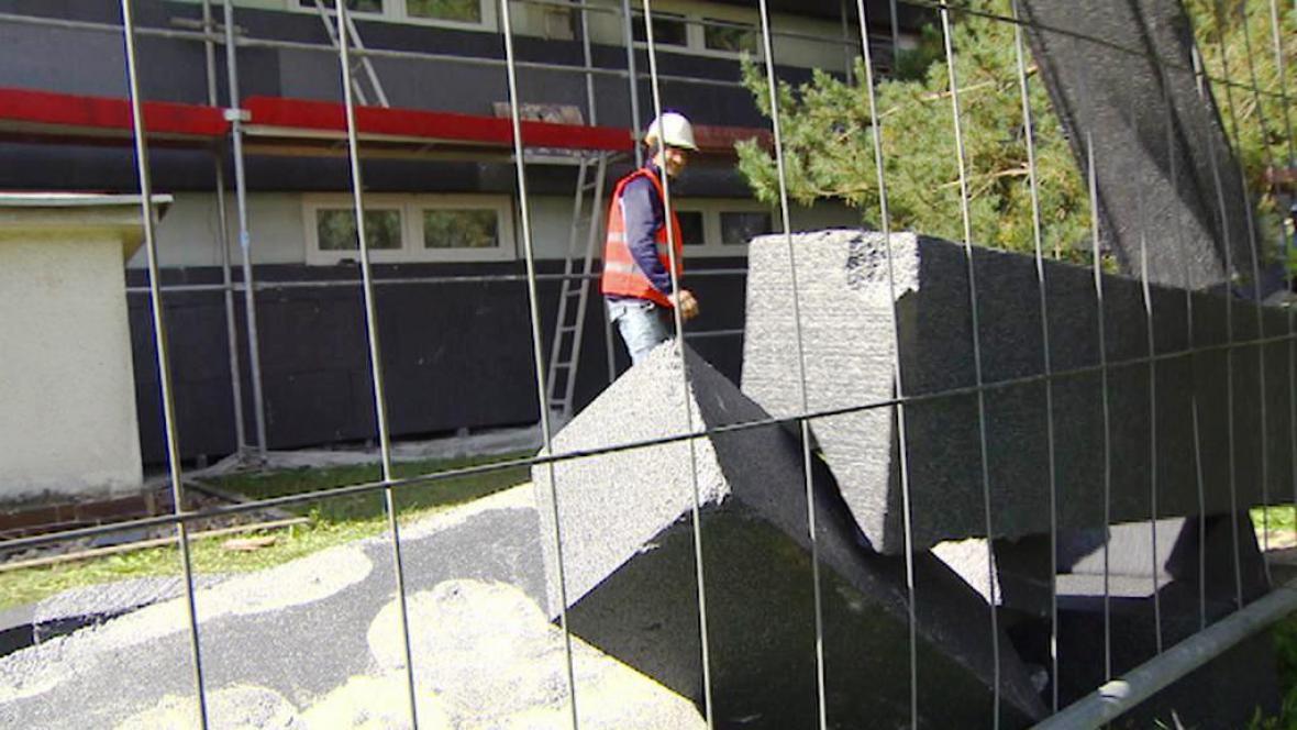 Zateplování hradecké školy