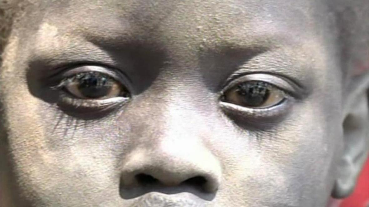 Obyvatelé Jižního Súdánu se snaží utéct ze země před boji