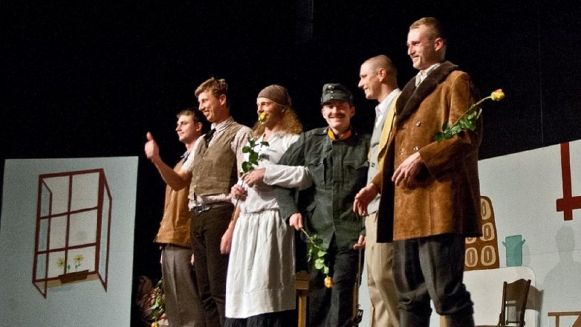 Veslařský amatérský divadelní spolek z Neratovic