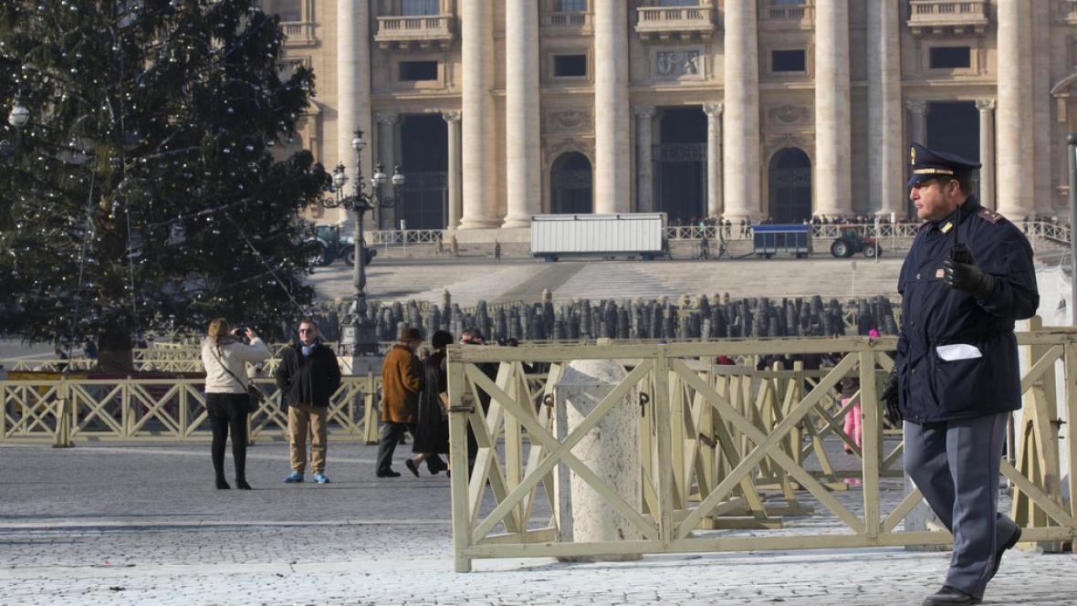 Incident na Svatopetrském náměstí