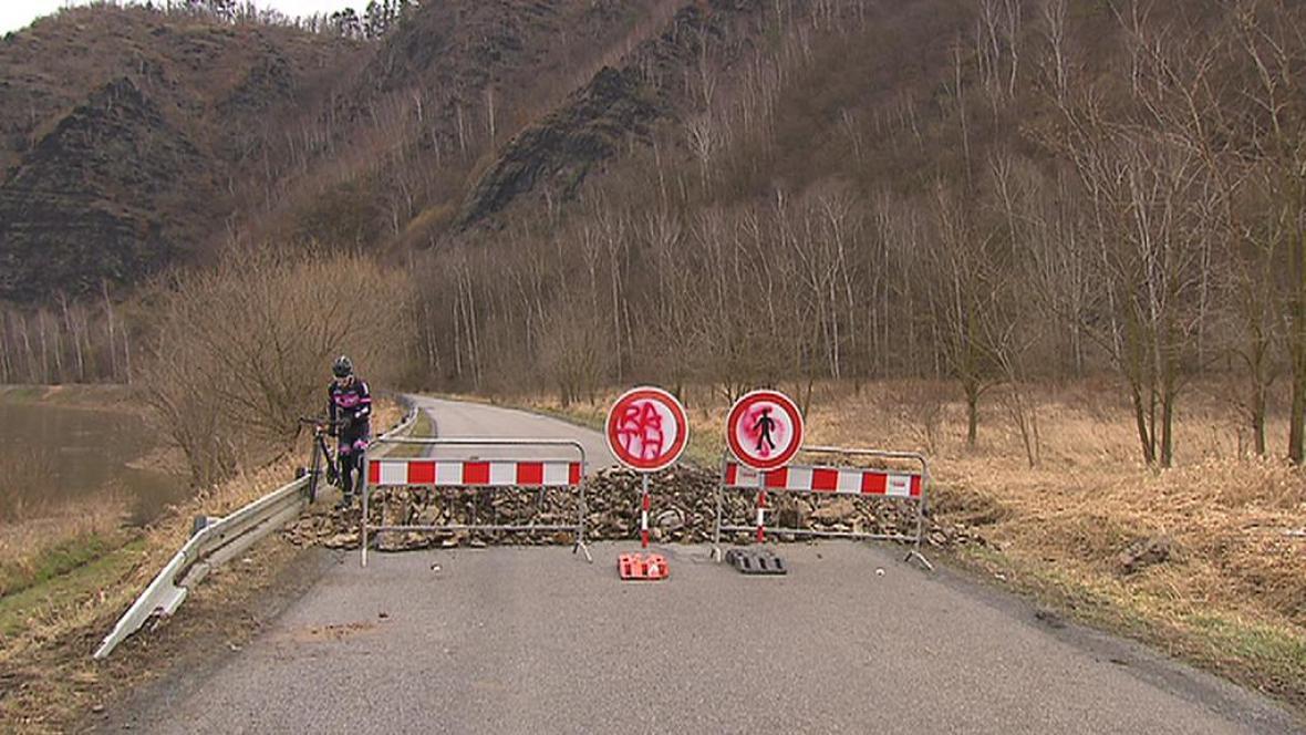 Uzavřená silnice