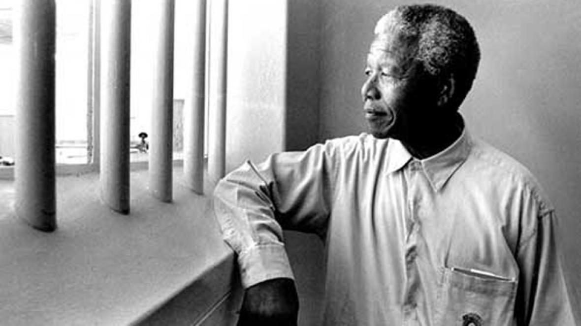 Nelson Mandela ve vězeňské cele
