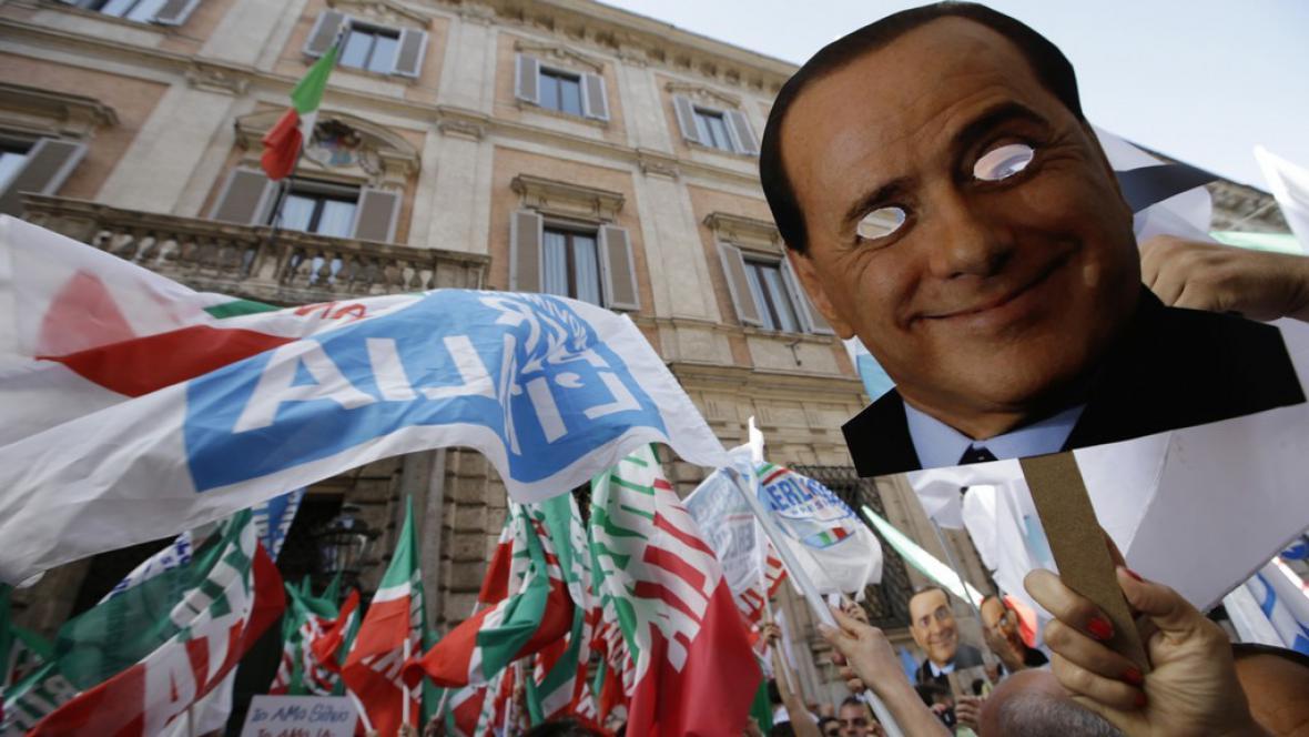 Demonstrace Berlusconiho příznivců