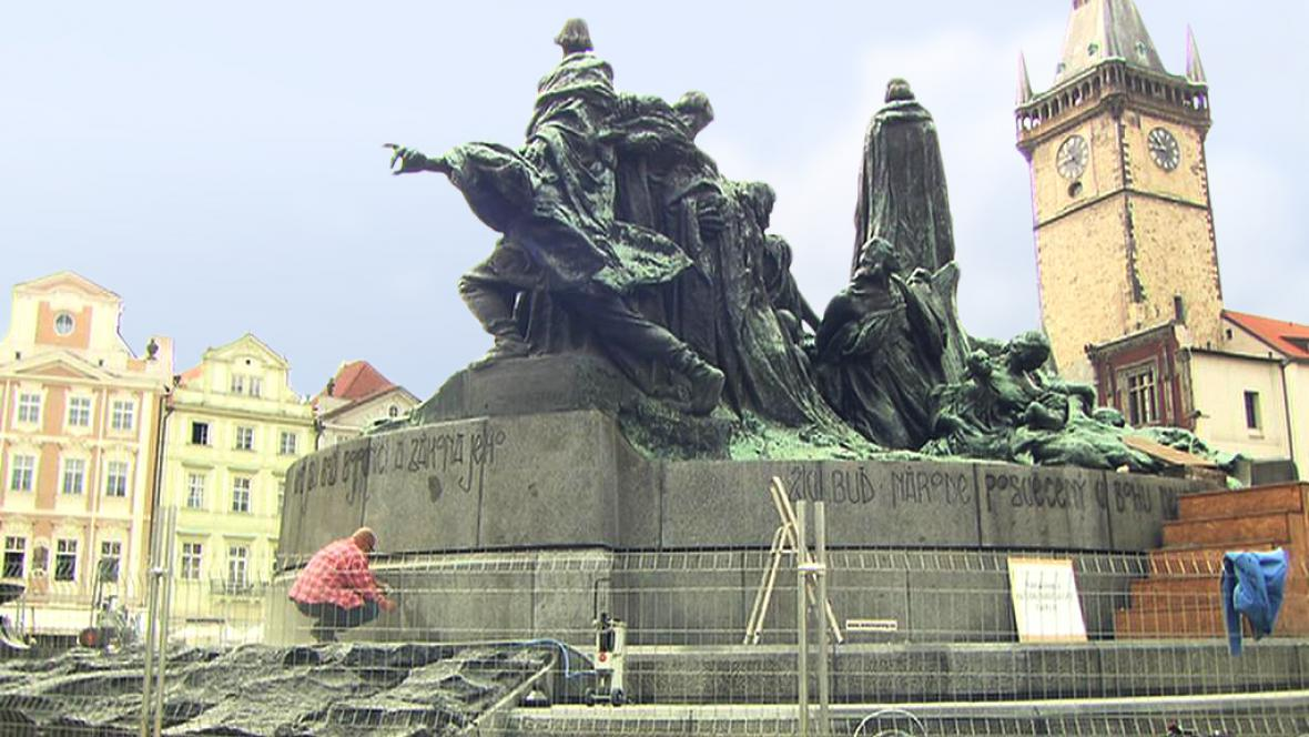 Restaurování pomníku mistra Jana Husa