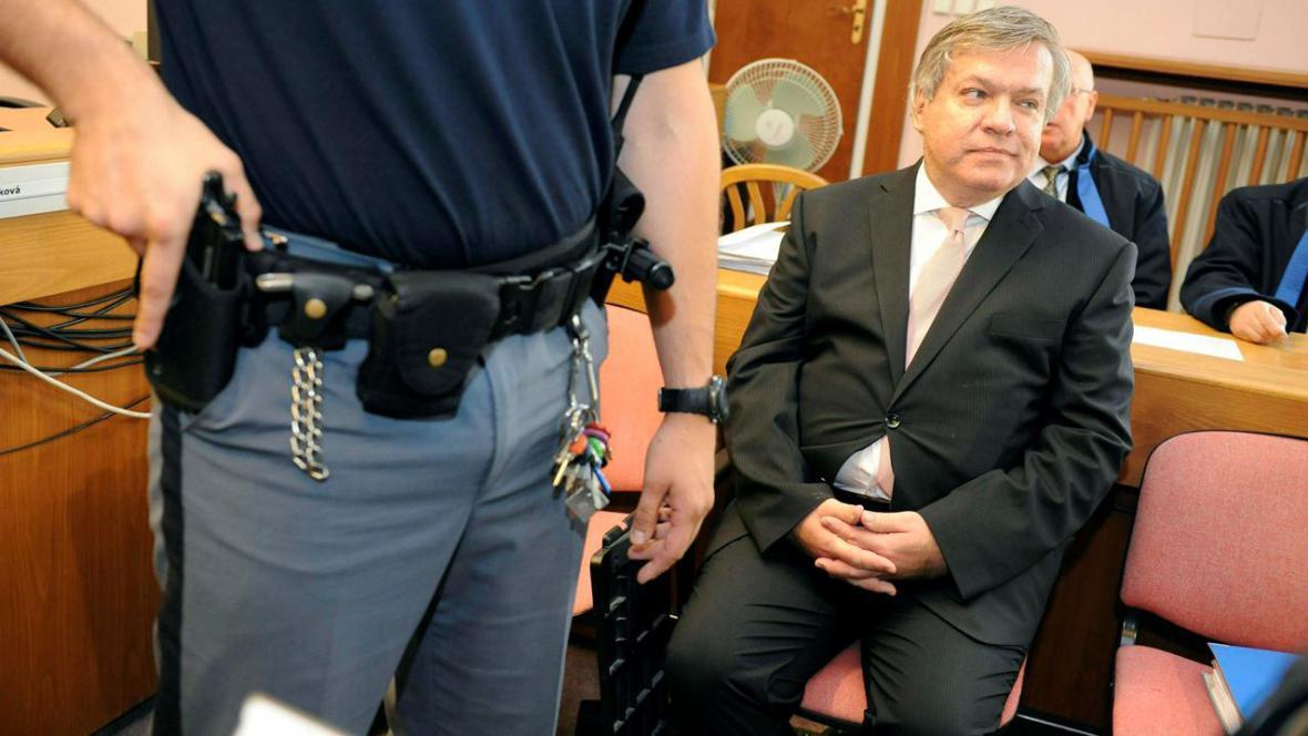 Jaroslav Barták před soudem