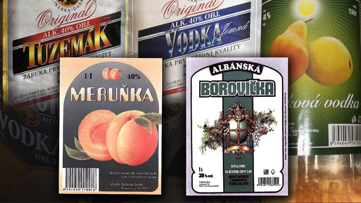 Etikety láhví, ve kterých byl nalezen závadný alkohol