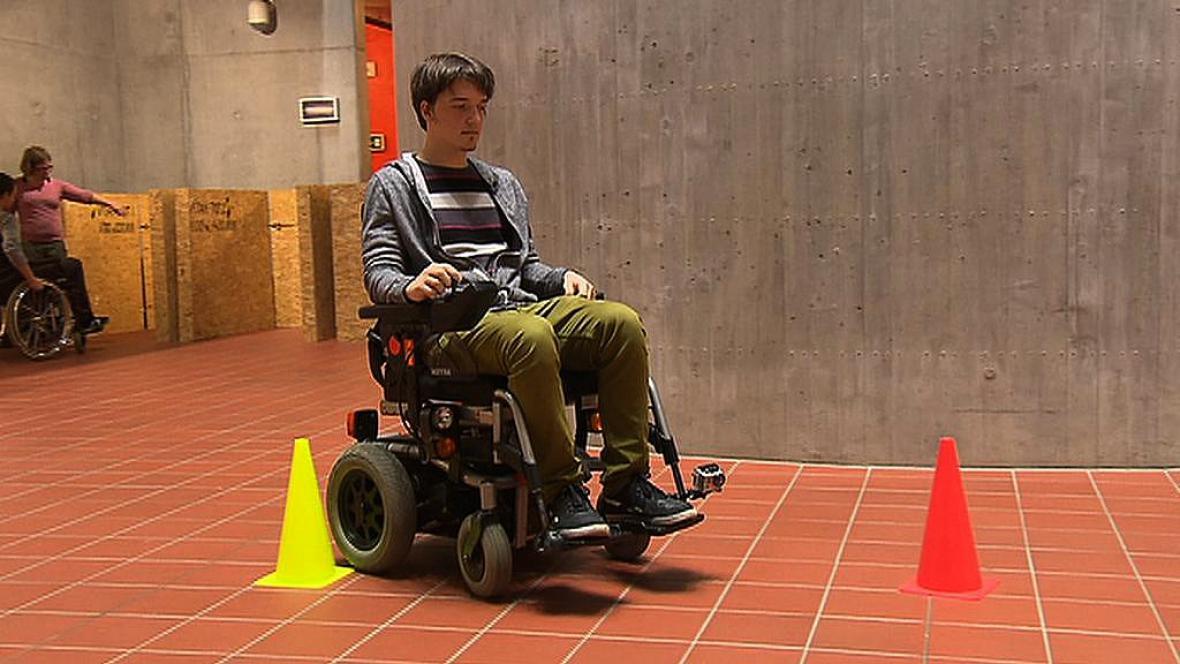 Student architektury v kůži vozíčkáře
