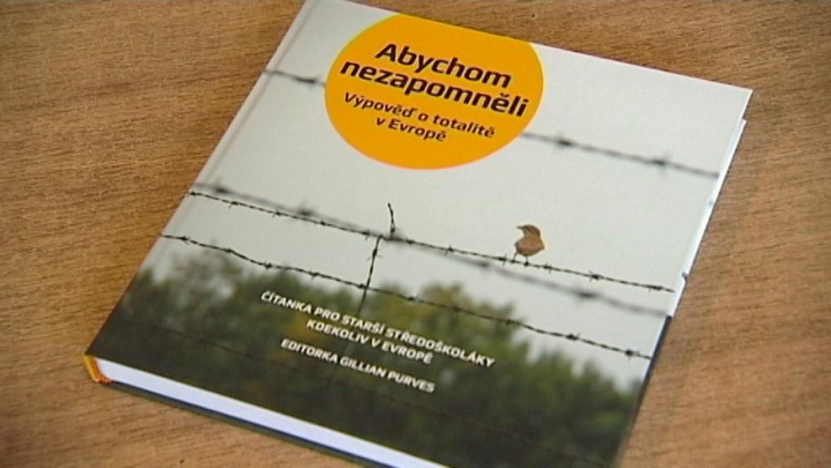 Mezinárodní čítanka o totalitě
