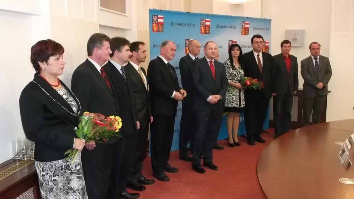 Krajská rada po podpisu koaliční smlouvy