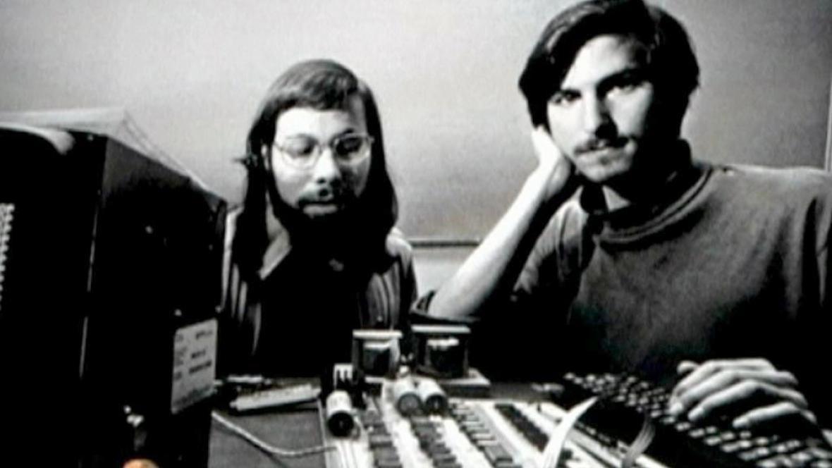 Steve Wozniak a Steve Jobs