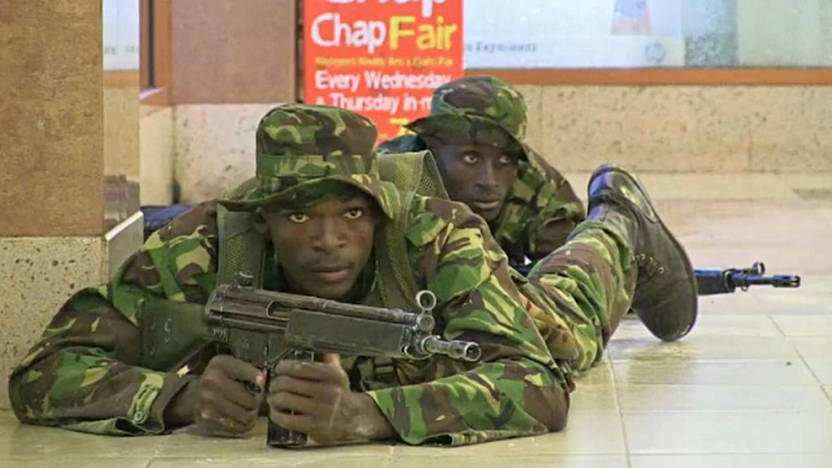 Zásah proti teroristům v nákupním centru v Nairobi
