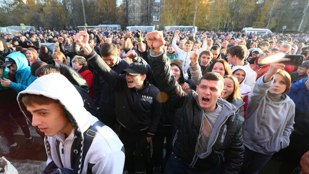 Ruskou metropoli zasáhly etnické nepokoje