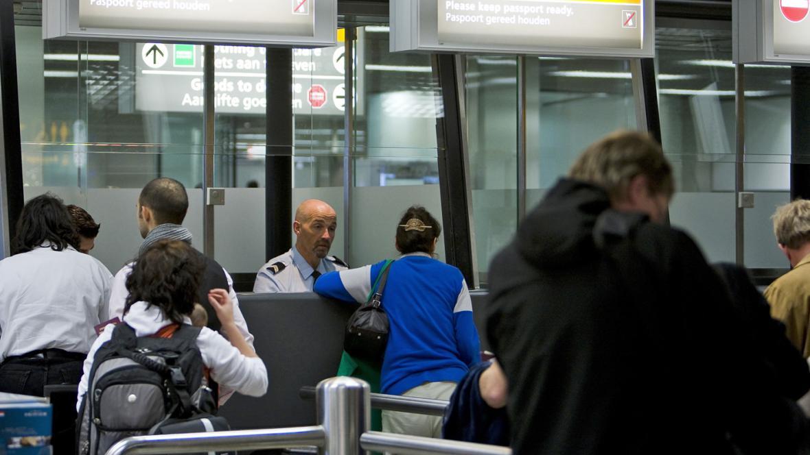 Letištní kontrola