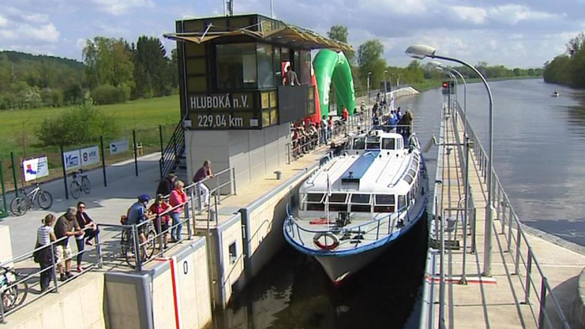 Plavební komora na Vltavě