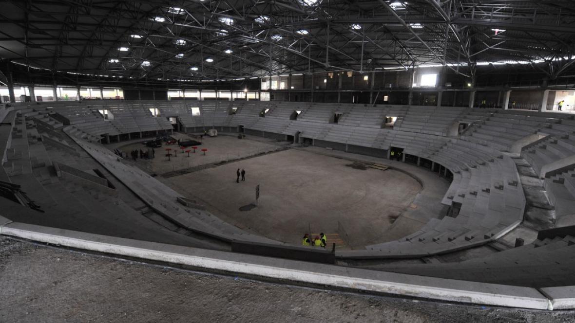 Stavba třineckého zimního stadionu