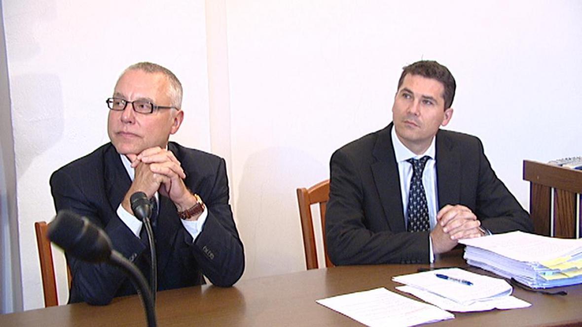 Zdeněk Bakala u soudu