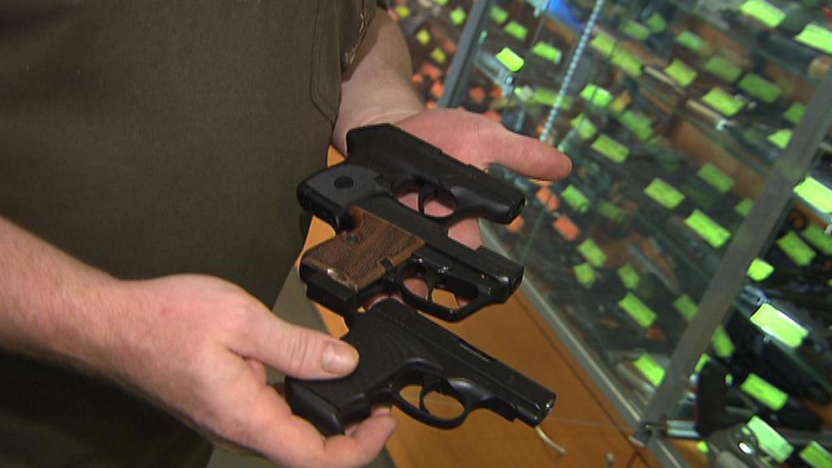 Různé druhy pistolí
