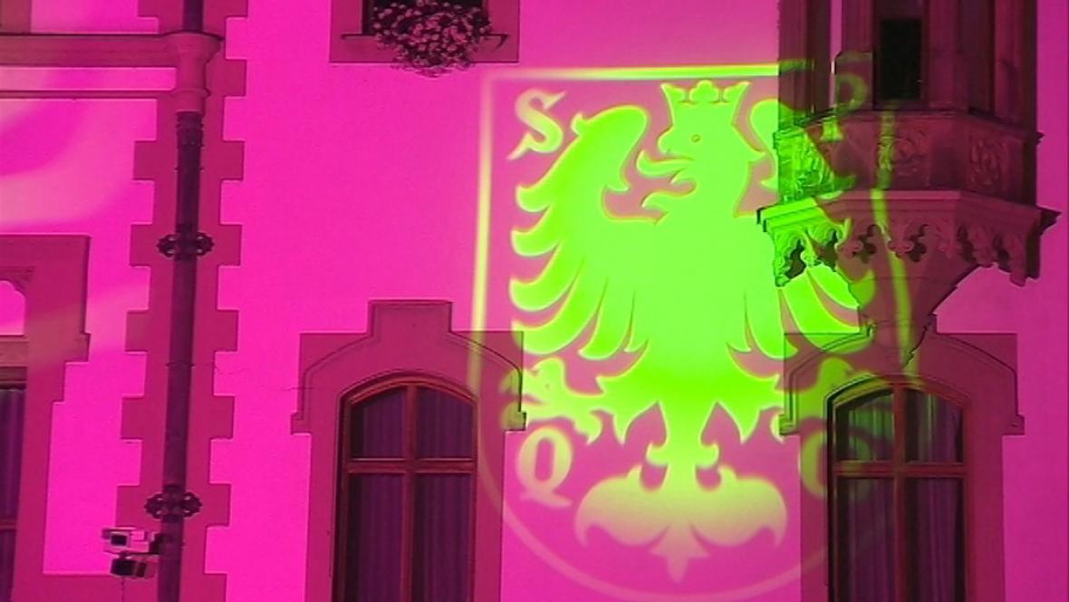 Osvětlená radnice v Olomouci