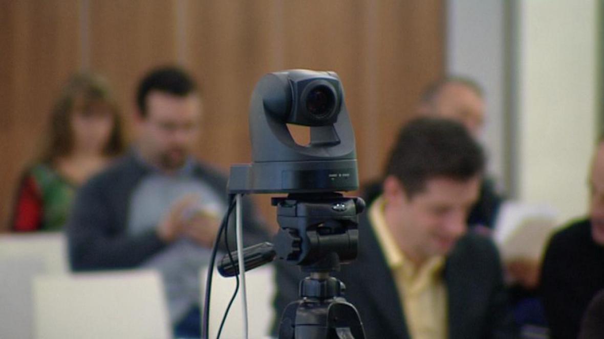 Kamera na jednání obecního zastupitelstva