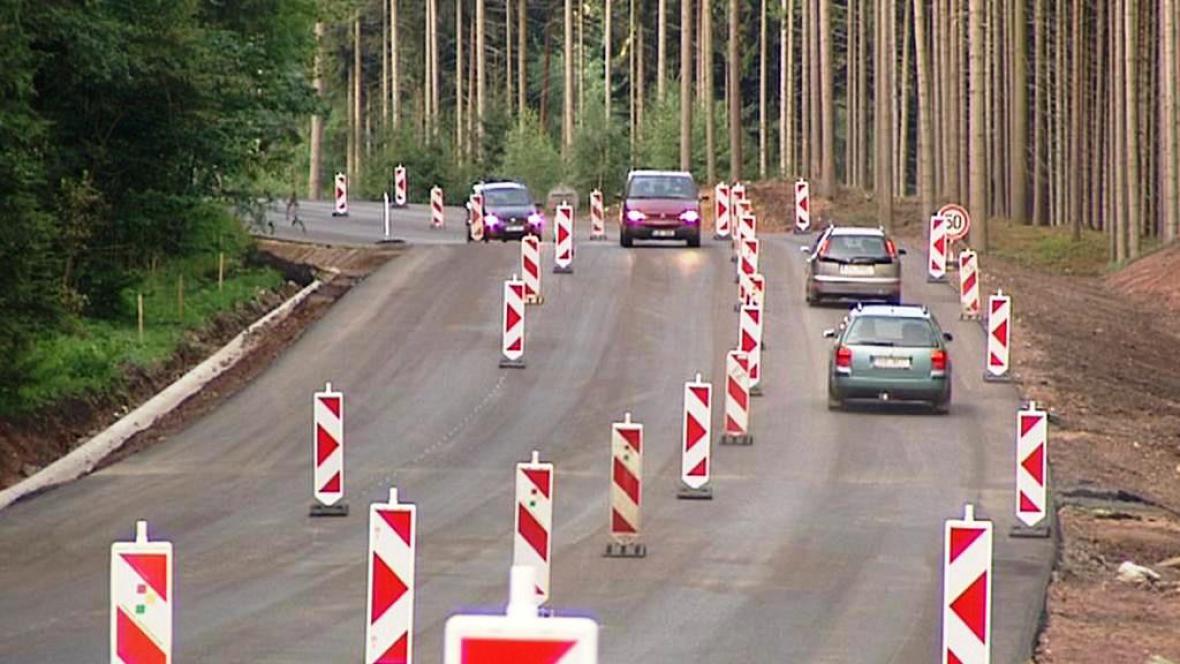 Silnice na Broumov
