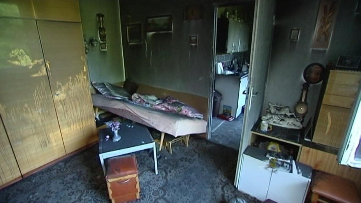 Zničený byt v panelovém domě v Havířově