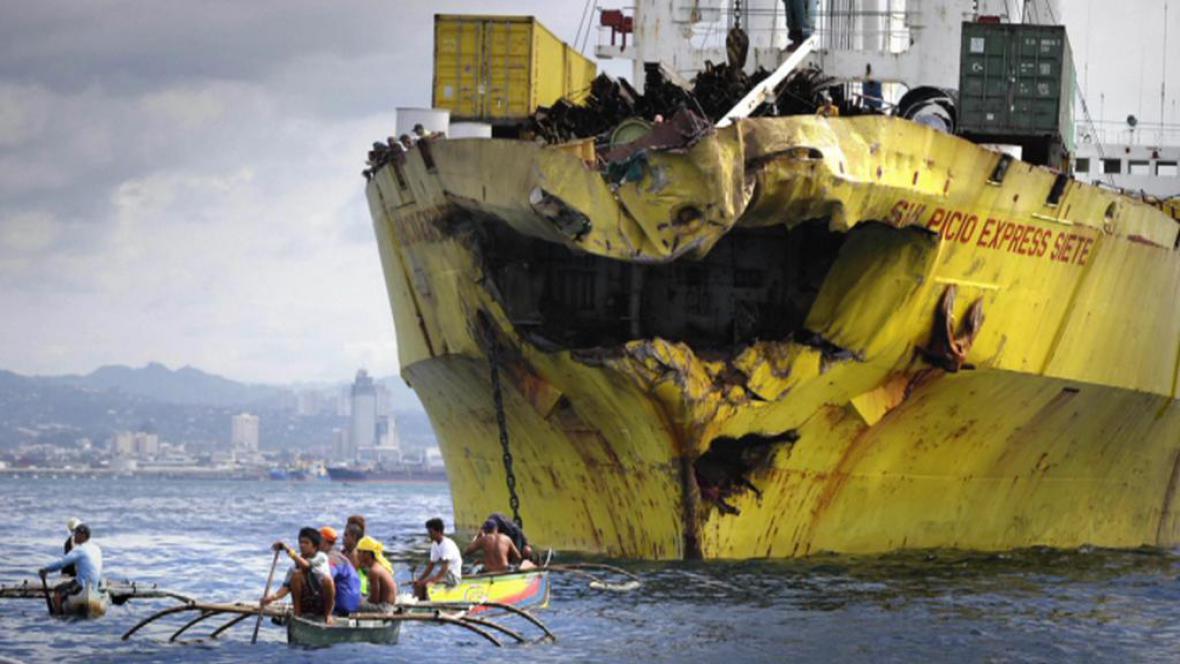 Lodní havárie na Filipínách