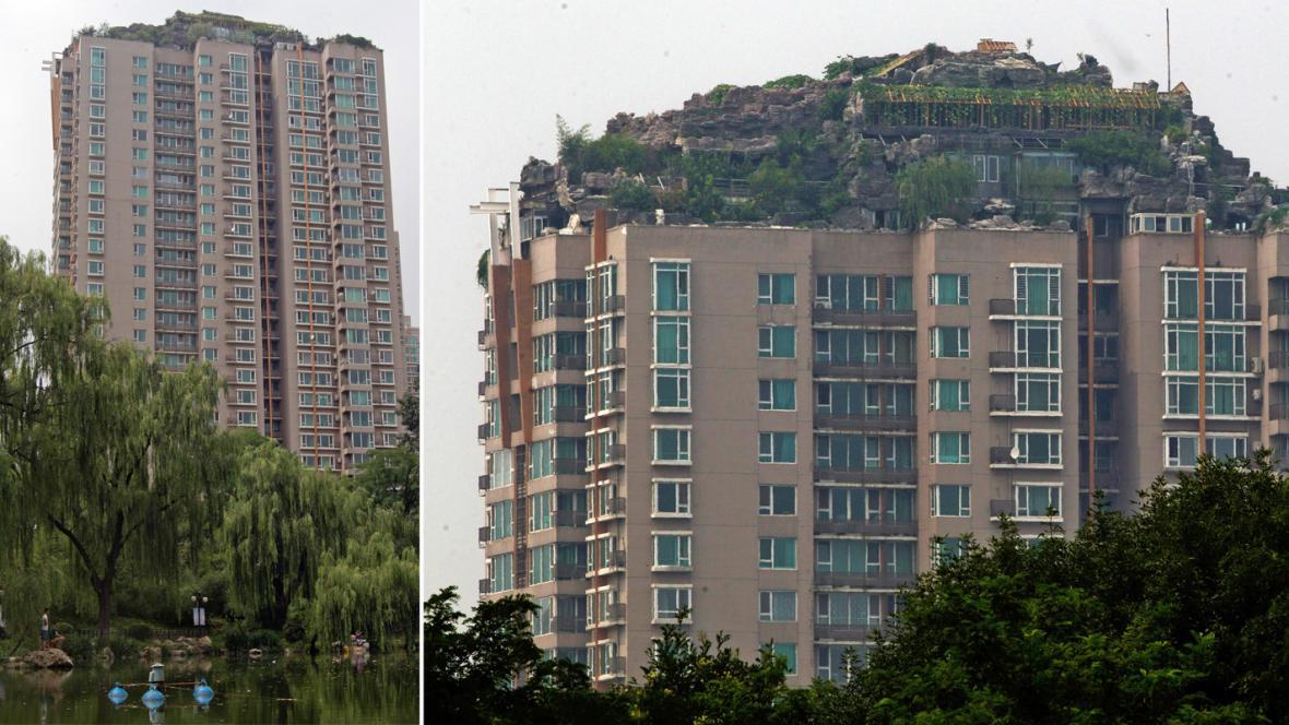 Vilu na střeše pekingského paneláku čeká demolice