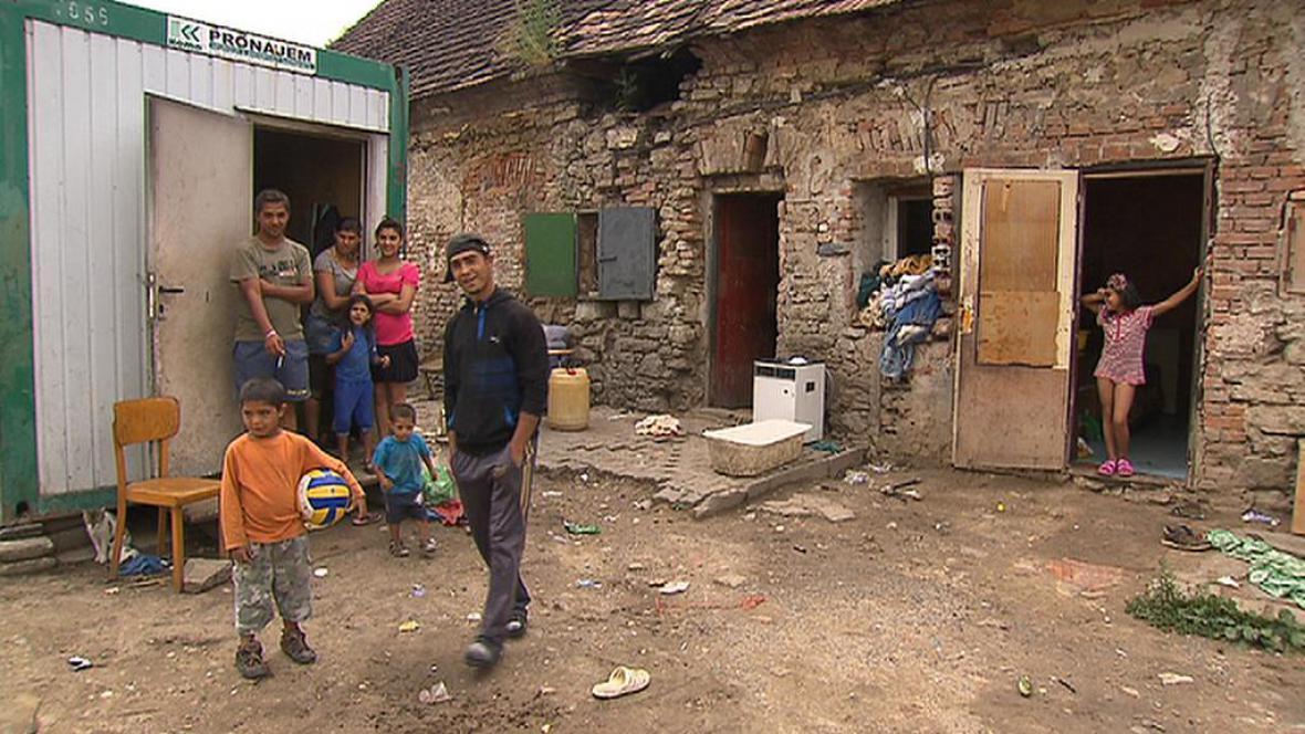 Romové v Neškaredicích