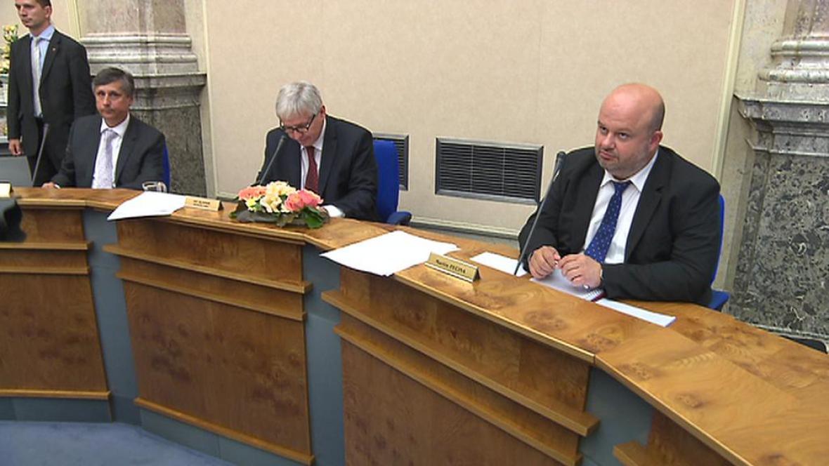 Úvodní schůze vlády