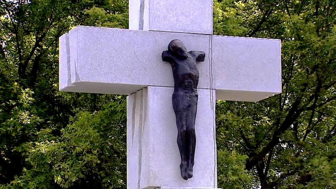 Památník obětí volyňského masakru