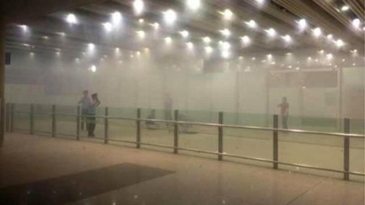 Pekingské letiště po explozi