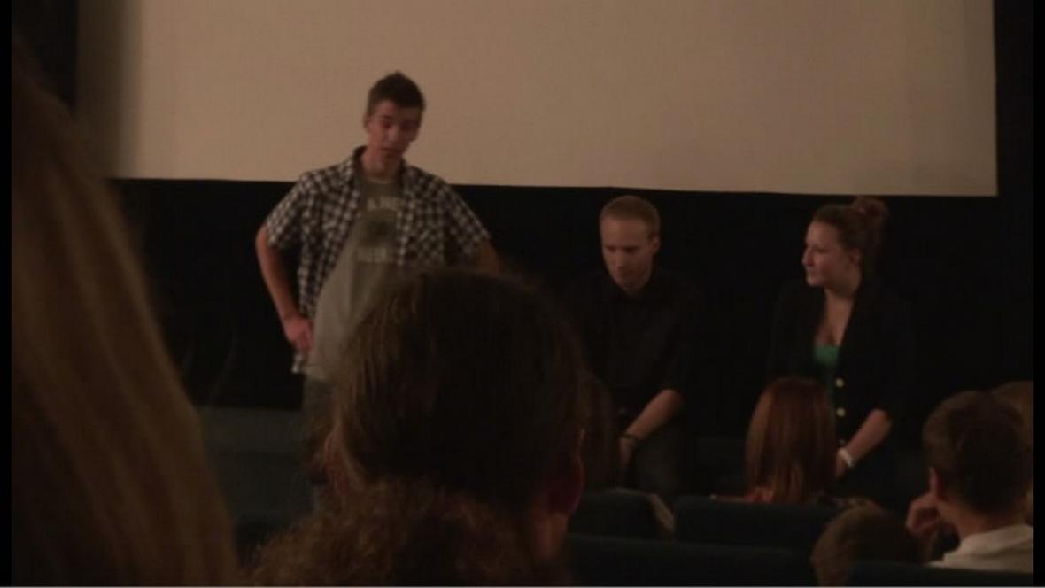 Studenti diskutují o filmech