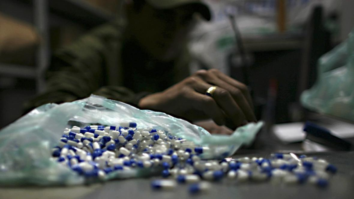 Obchod s drogami