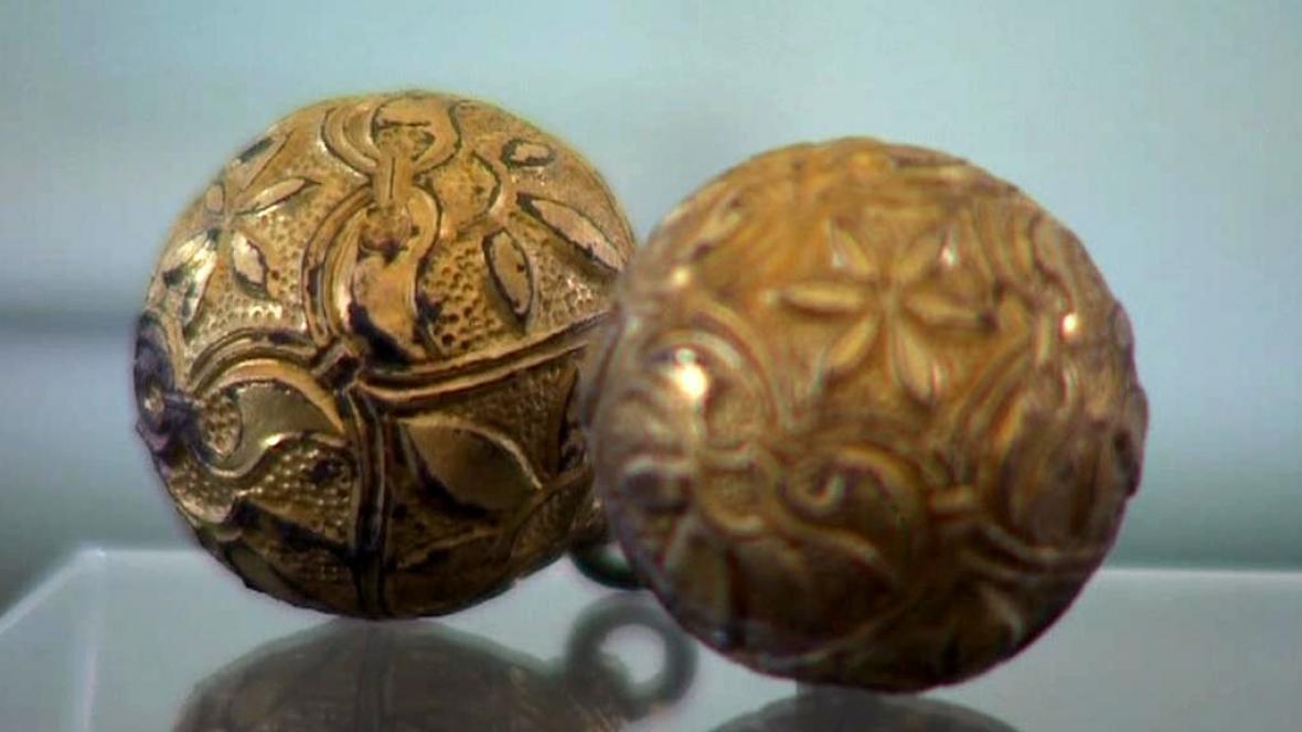Originální velkomoravské šperky z Pohanska