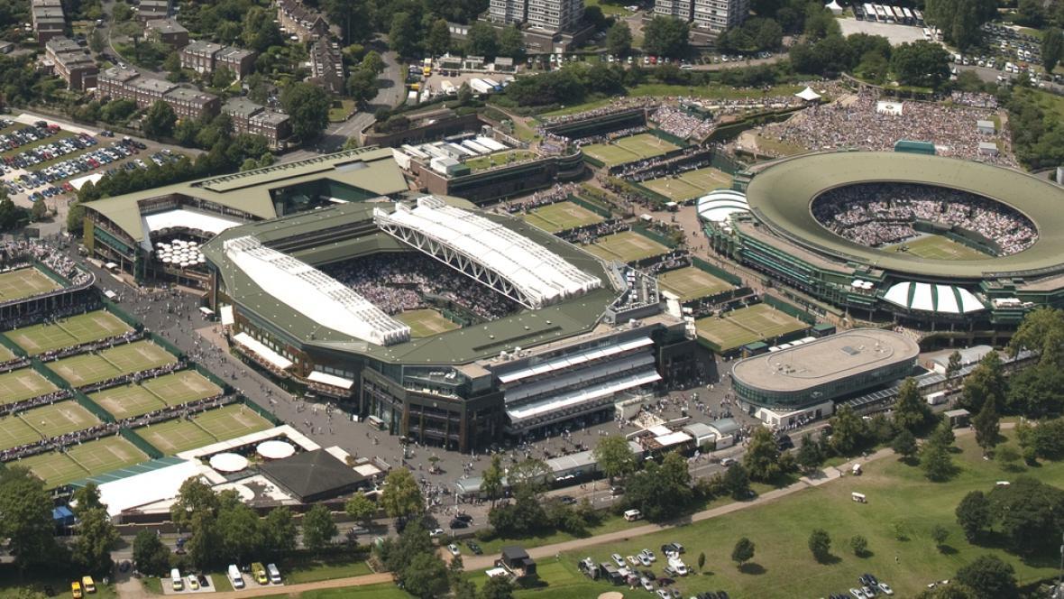 Centrální kurt ve Wimbledonu