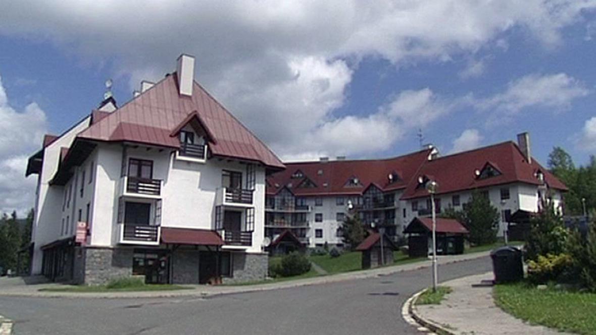 Sporné domy