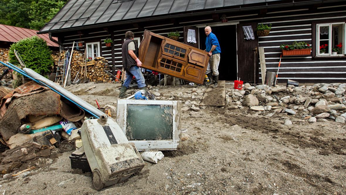 Úklid po povodních