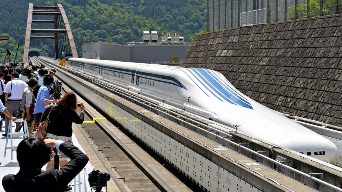 Vlak L0 maglev