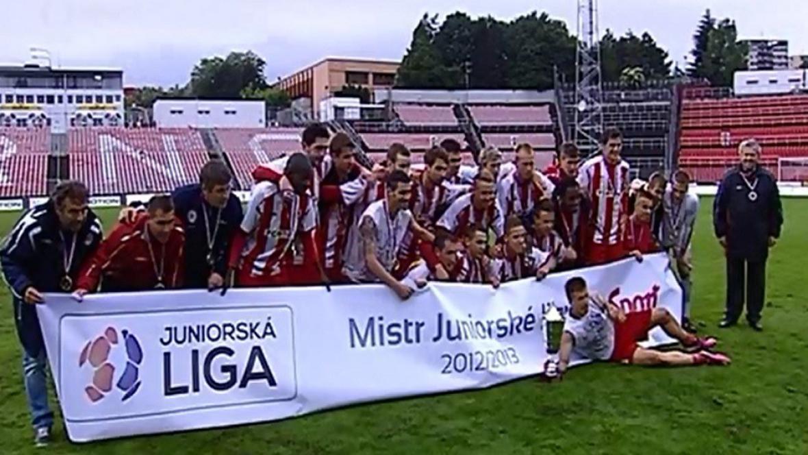 Juniorka Zbrojovky Brno slaví titul