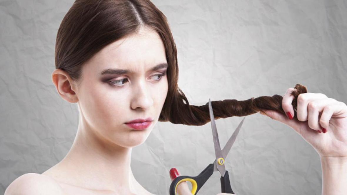 Lidé prodávají vlastní vlasy