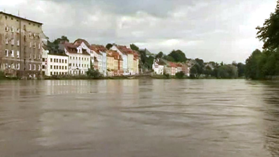 V Německu a Rakousku stoupají hladiny řek