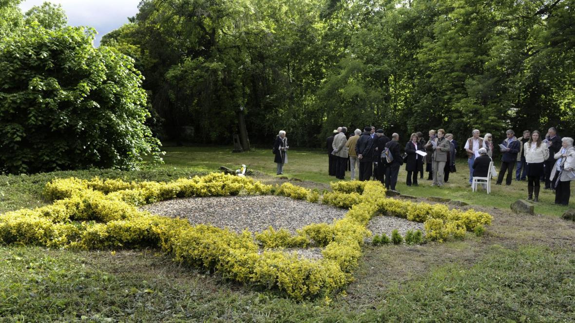 Pieta připomněla oběti holocaustu z řad žateckých Židů