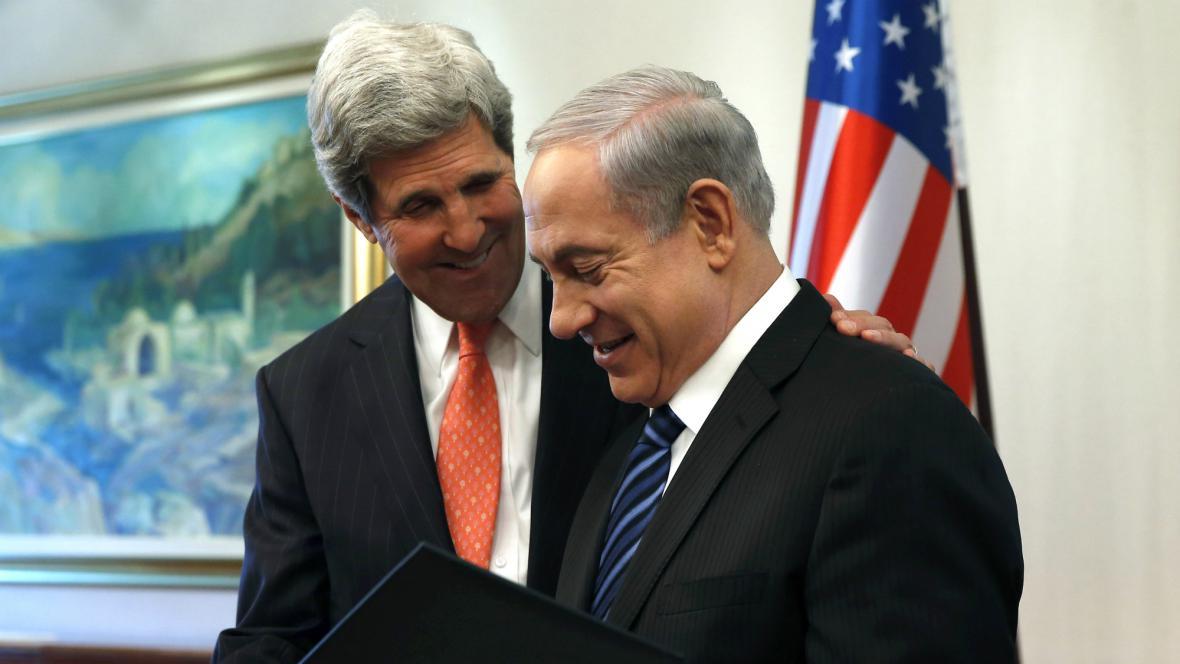 John Kerry s Benjaminem Netanjahuem
