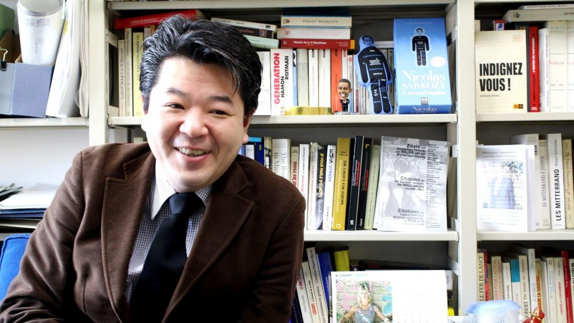 Profesor Tóru Jošida