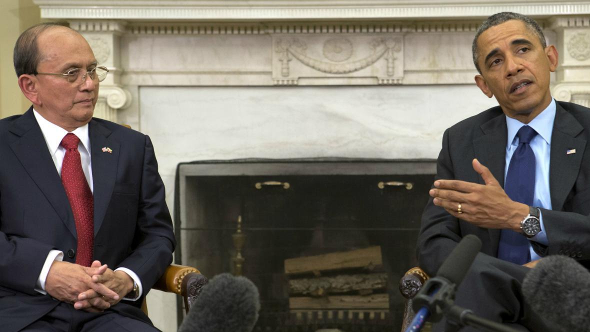 Obama a Sein na jednání v Bílém domě