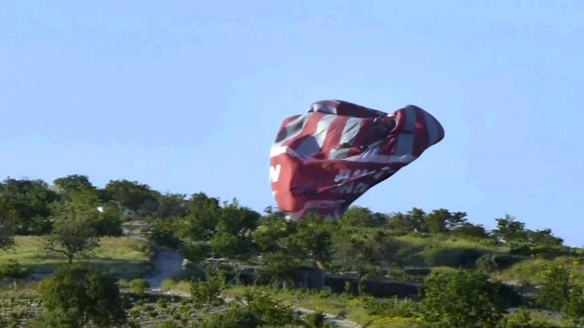 Pád balonu