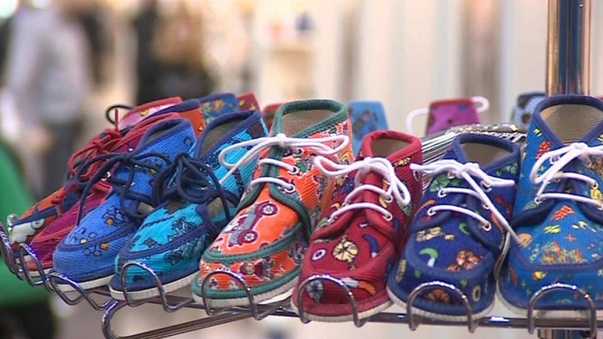 Čeští obuvníci se specializují na pracovní nebo dětskou obuv