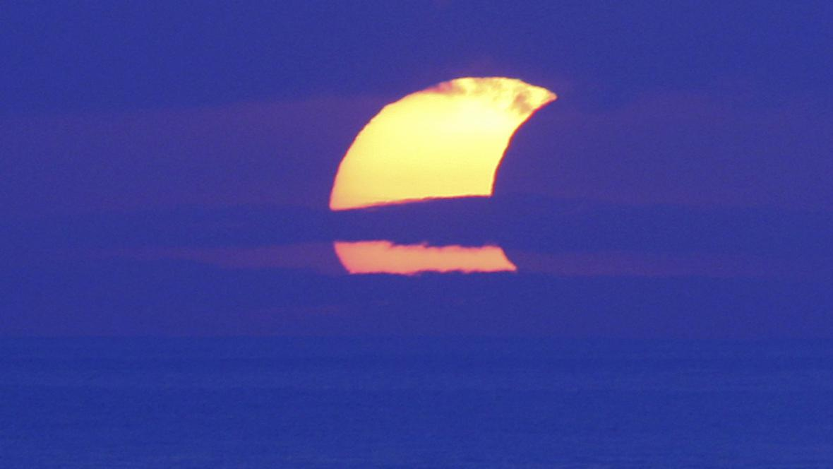 Částečné zatmění Slunce nad Indonésií