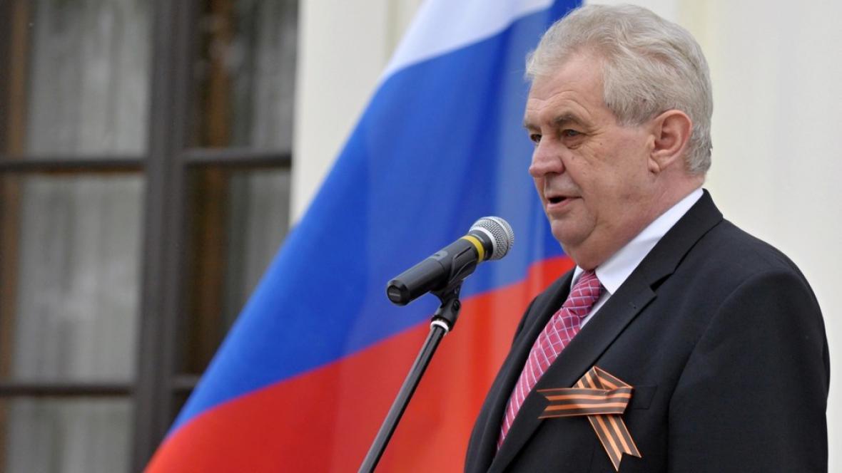 Zeman na ruském velvyslanectví